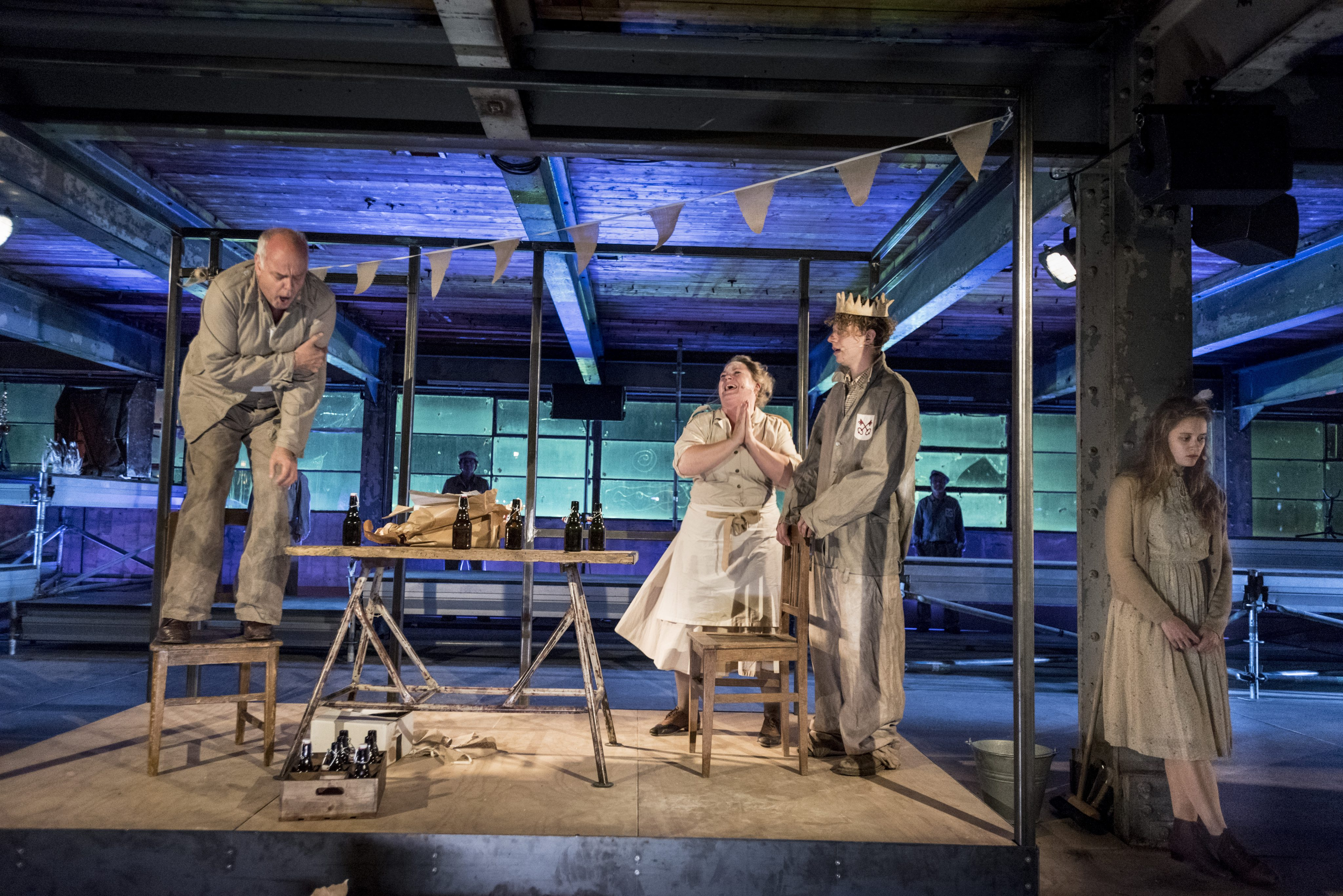 PS|theater zet een gedegen Wij van de fabriek neer