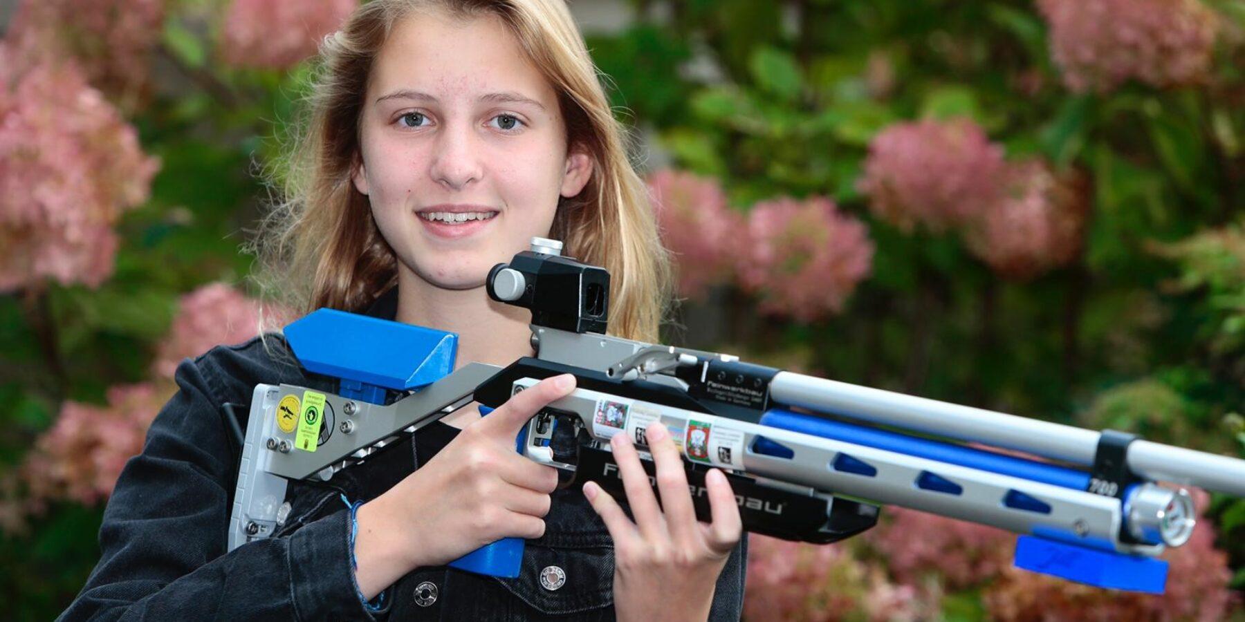 13-jarige Jill van der Haven weer Nederlands kampioen opgelegd schieten: 'Minder gevaarlijk dan voetbal'